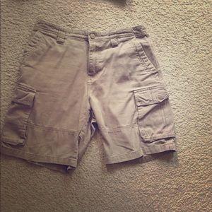 Men's size 32 cargo shorts